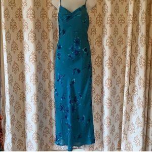 Dresses & Skirts - Flora blue dress